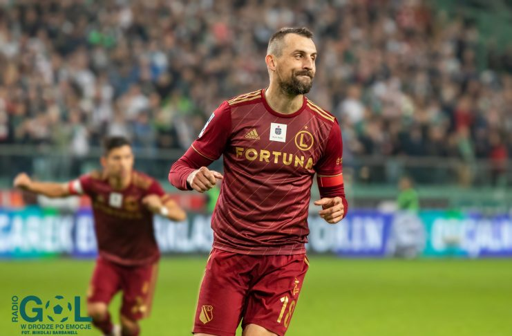 Decyzja o nieprzedłużeniu kontraktu z Michałem Kucharczyka zszokowała wielu kibiców Legii. Jacek Bednarz postanowił wyrazić swoje zdanie w tej kwestii.