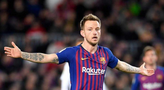 Dni zawodnika w stolicy Katalonii wydają się już być policzone. Ivan Rakitić został właśnie umieszczony na liście transferowej.